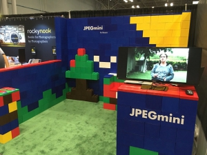 Modular exhibit booth